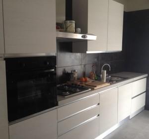 <span>Cucina Mobile Lavatrice in Legno</span><i>→</i>