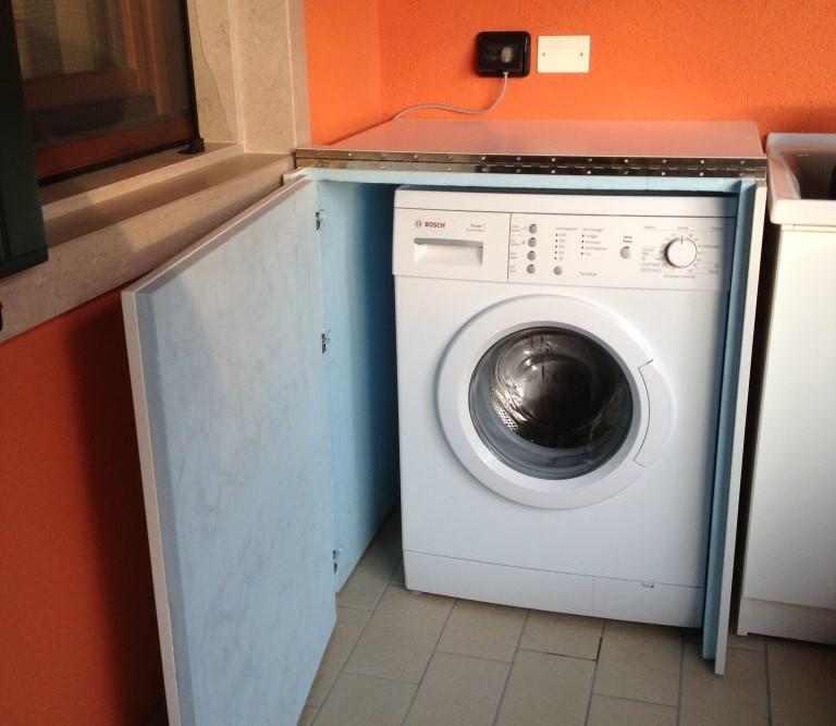 Mobile lavatrice in legno per esterno geppetto falegname for Mobile esterno legno