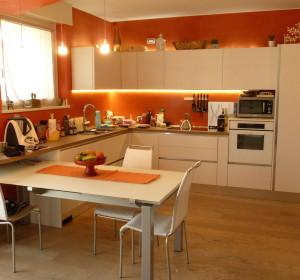 Successivo<span>Cucina in Legno su Misura</span><i>→</i>